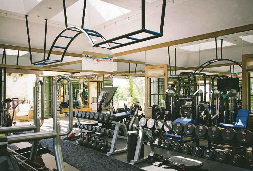 Inside Tom Brady And Gisele B Ndchen S 50 Million La Home