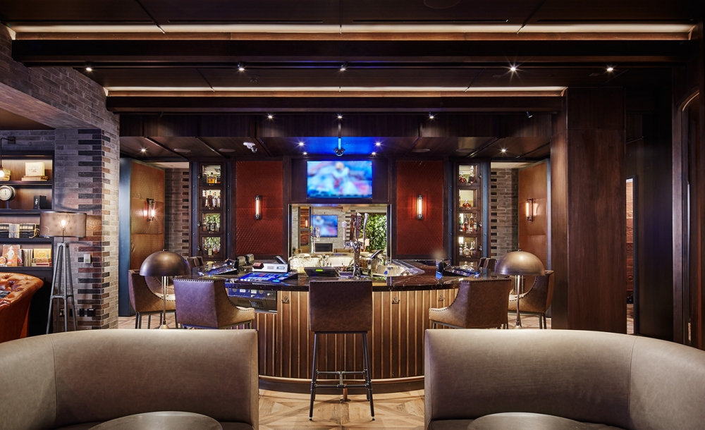Las Vegas Montecristo Cigar Bar Whale Lifestyle