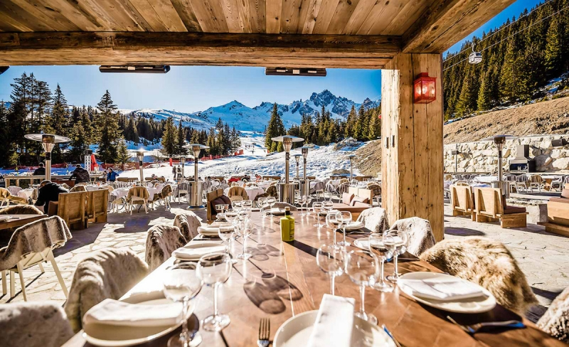a restaurant in courchevel for lunch